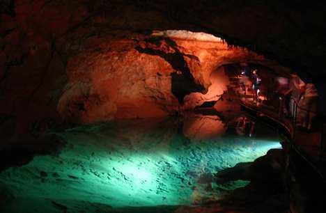 Дженоланские пещеры