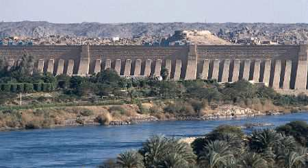 Асуанская плотина. Египет