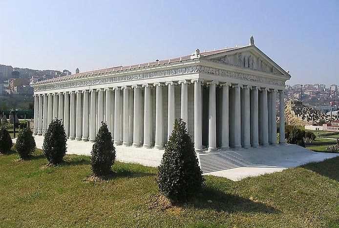 Реконструкция. Храм Артемиды в Эфесе