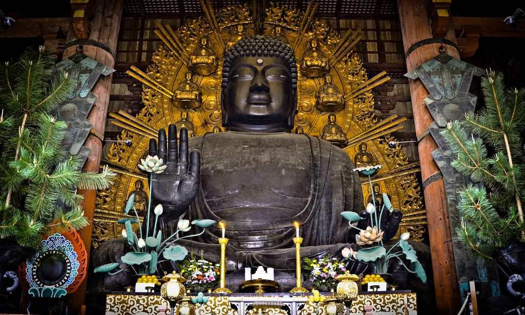 Статуя Великого Будды