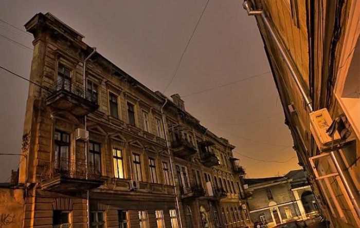Дом-стена в Одессе