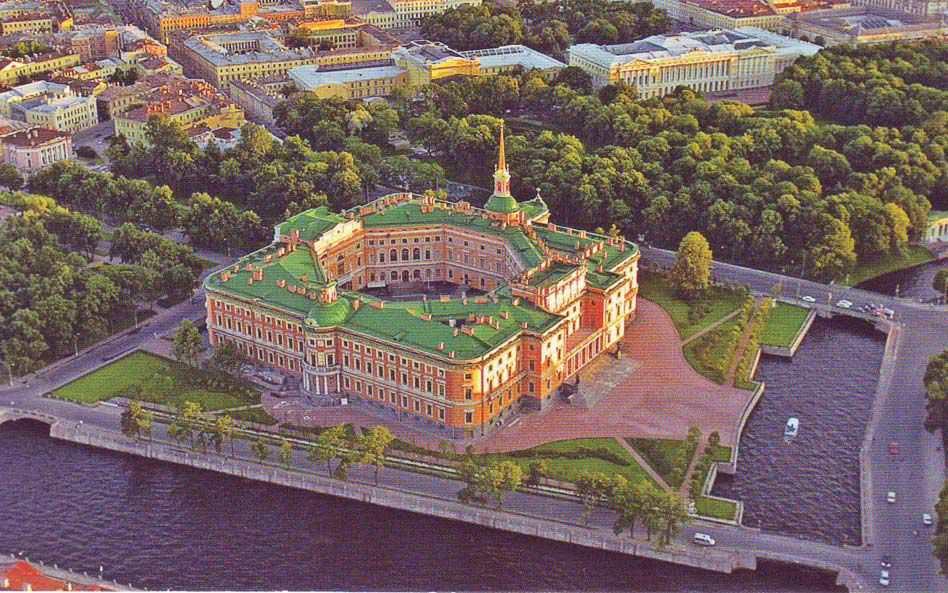 Михайловский замок Санкт-Петербурга